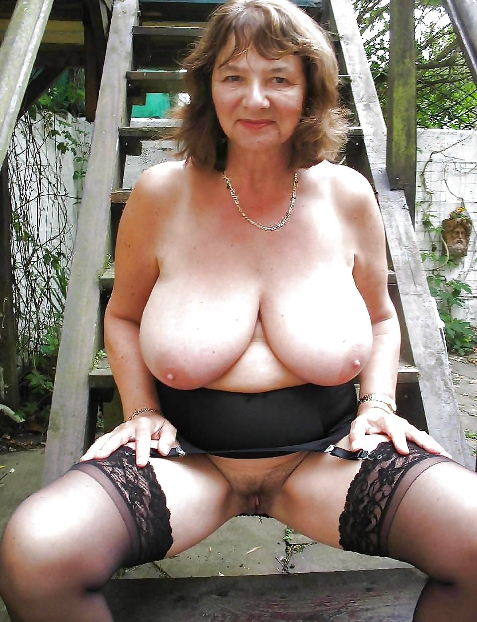 Beautiful big breasted mature women