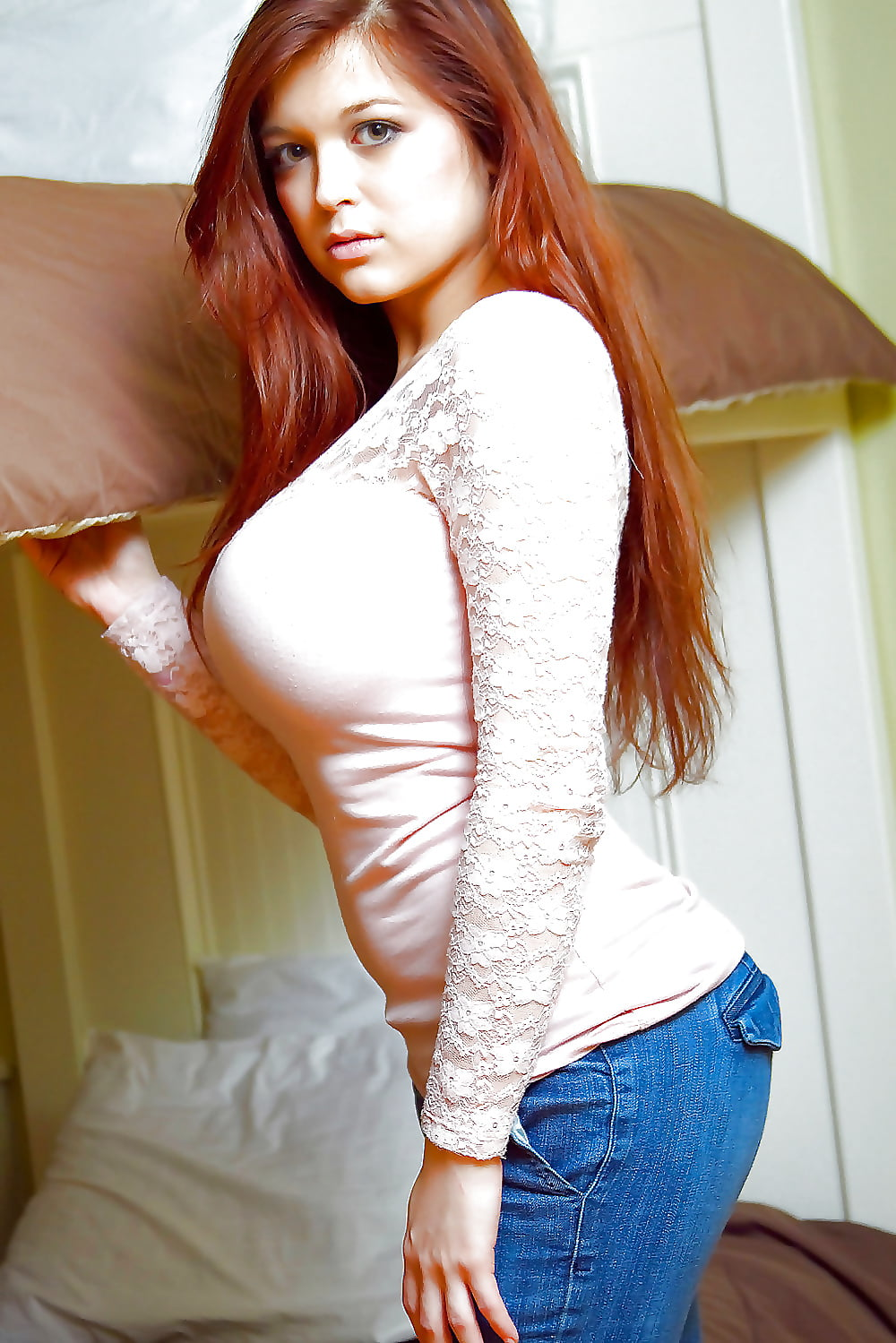 Big boob tight shirt pics — pic 5