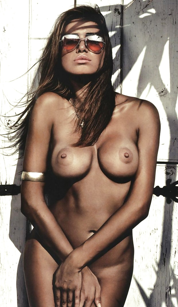 Olga Farmaki Nude, Topless Pictures, Playboy Photos, Sex Scene Uncensored