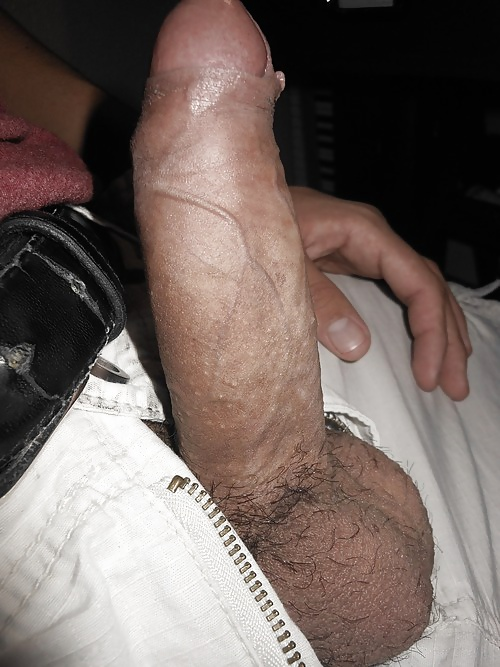 Marranita sabrosa en la cama - 2 1