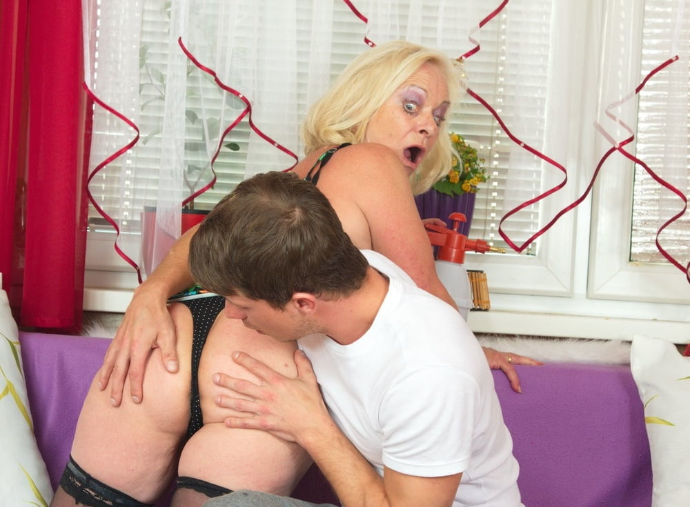 horny-housewifes