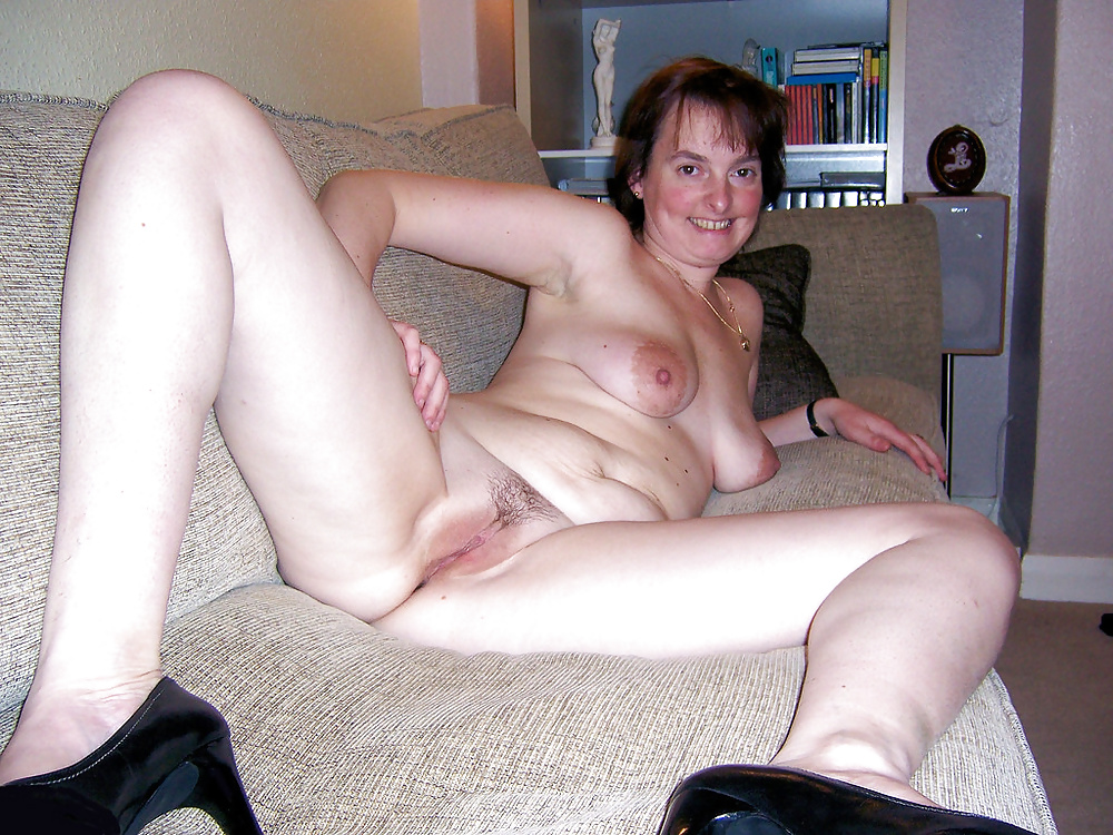 Nude amateur ugly mom — photo 14