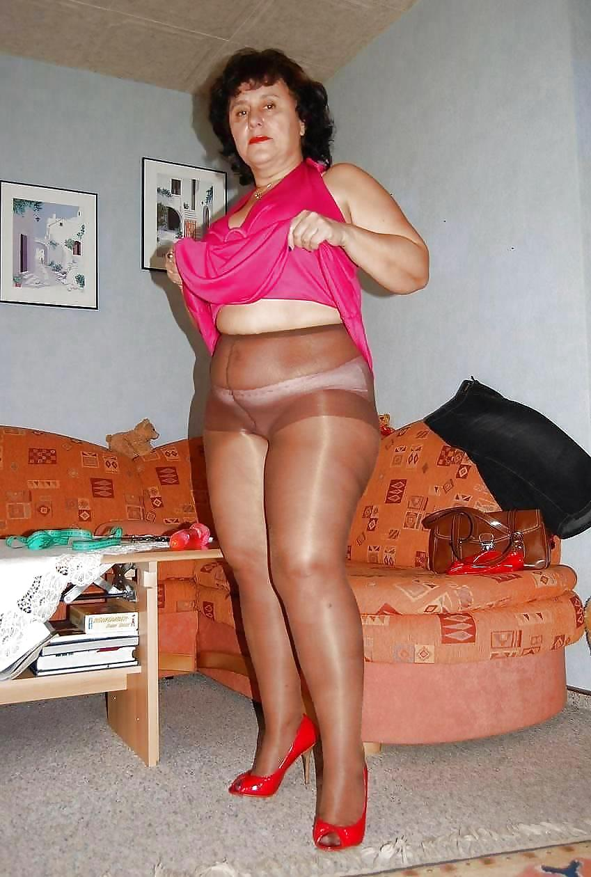Chubby ladies in nylons #6