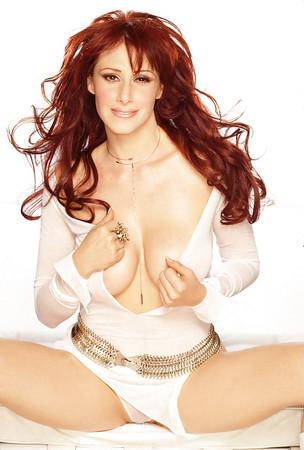 singer tiffany hot nude pics