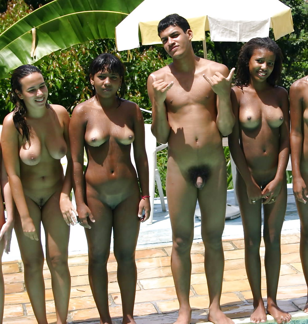 Naked chubby girls in pantyhose