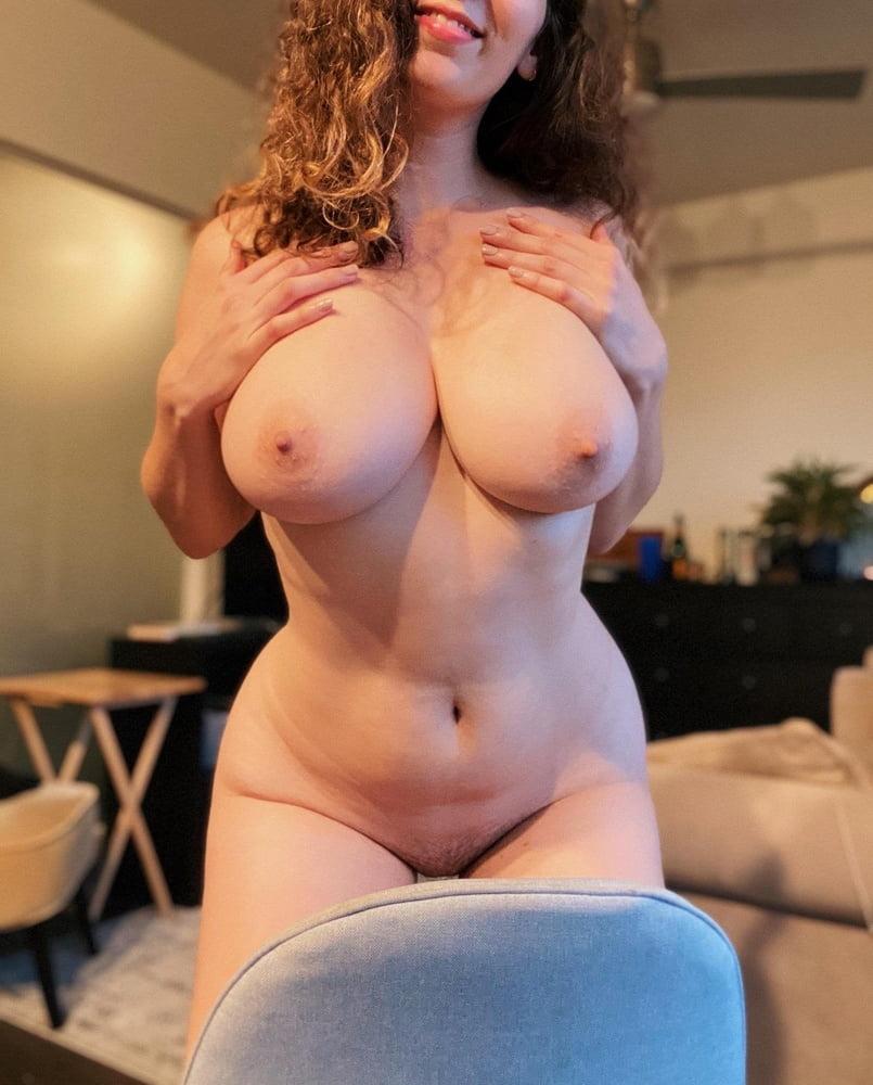 Sagging huge tits-4159