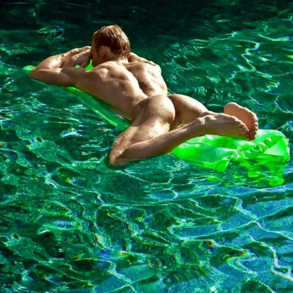 Naked Water Ski