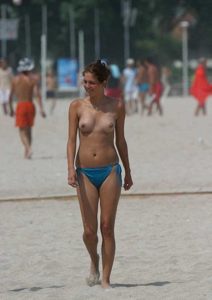 Naked beach sex-9539