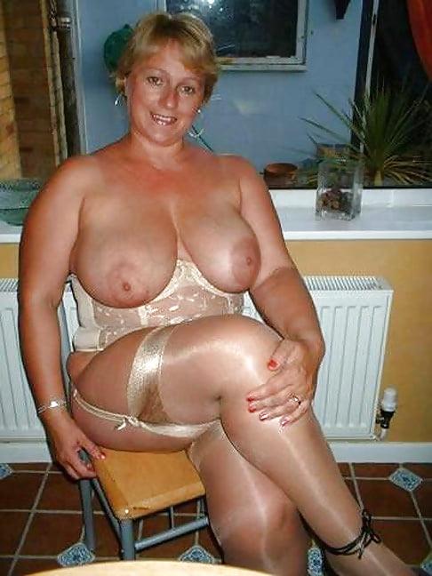 Sexy mature big tits-9676