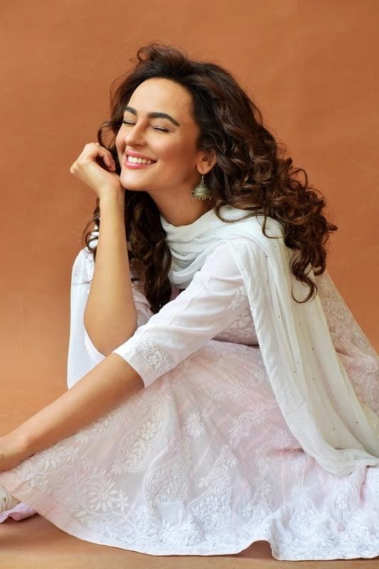Seerat Kapoor Latest Photos