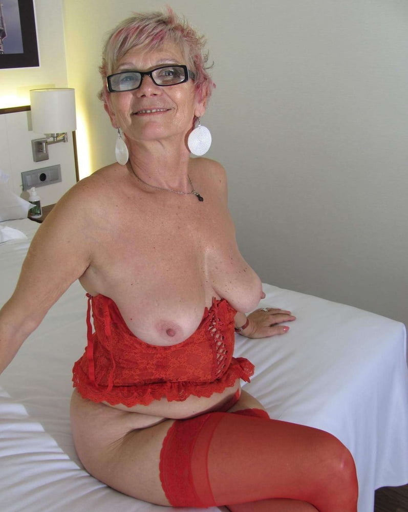 Pictures of older women breasts — pic 2
