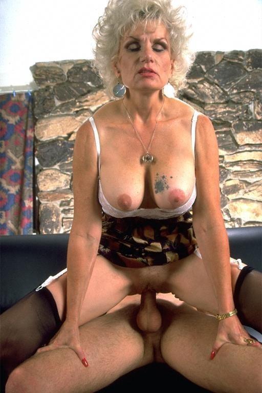 Posh granny in bangalore for sex — 2