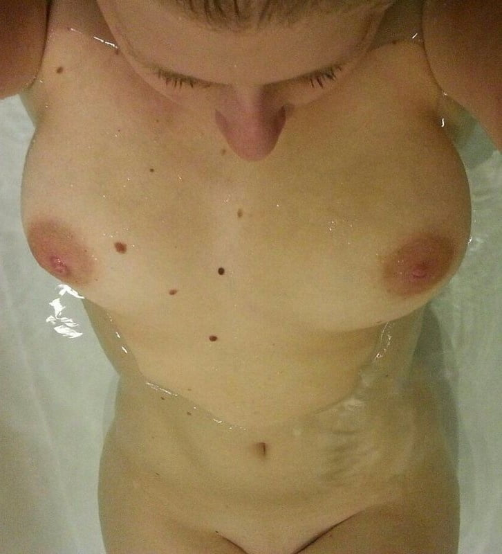 Boobs - 154 Pics