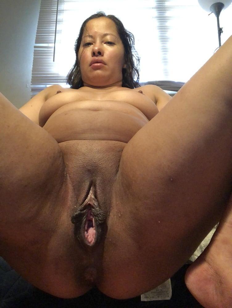 Huge big loose pussy creamy