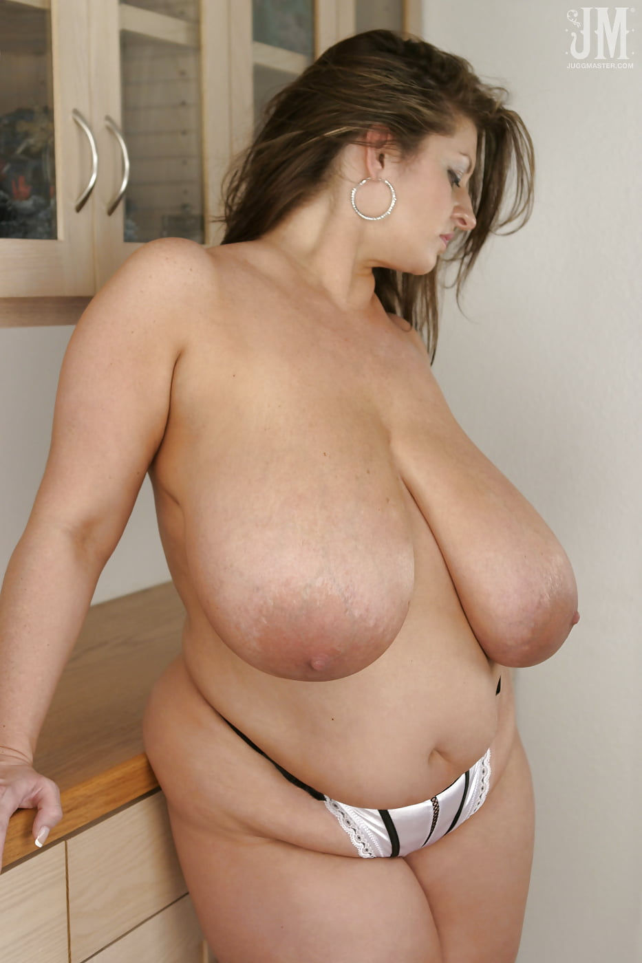 Nude pics Pee desperate holding position
