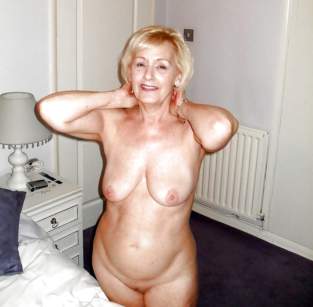 pretty-nude-grandmothers