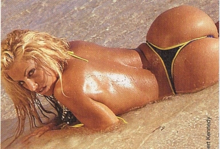 Trish stratus table tip segments