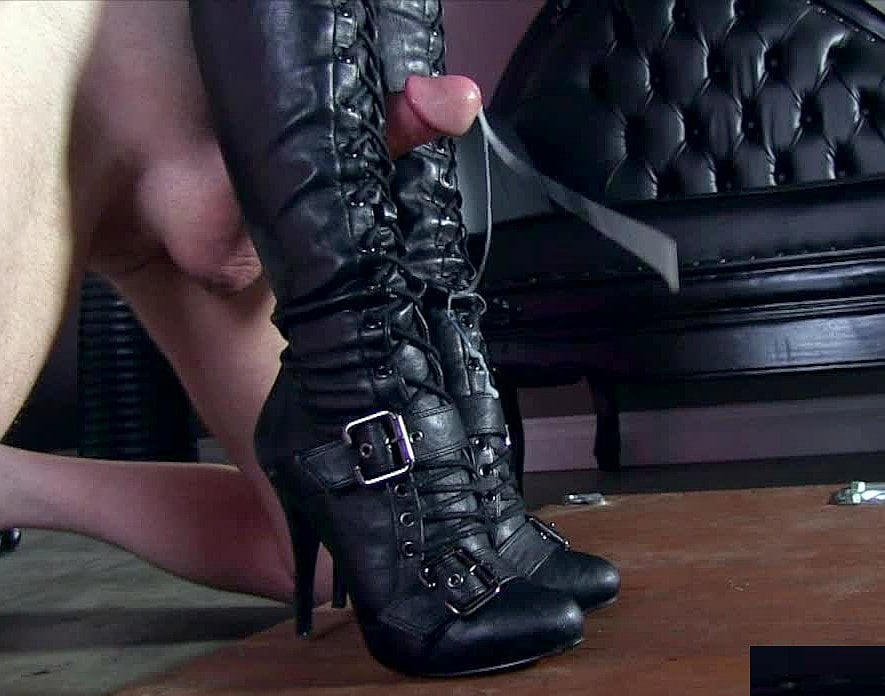 Boot fetish military 13