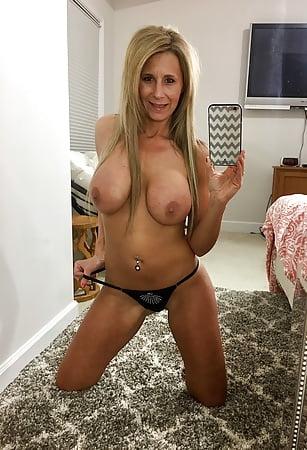 Femdom erotic lit