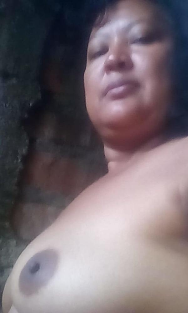nude hairy granny pics