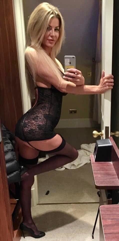 Sexy Women #212 - 100 Pics