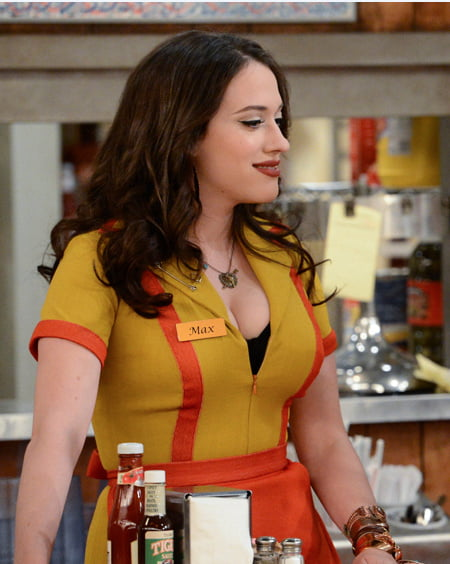 2 broke girls max sexy