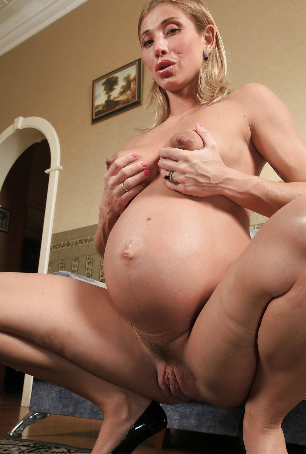 Moms that pregnant milf pussy eating pics sexy