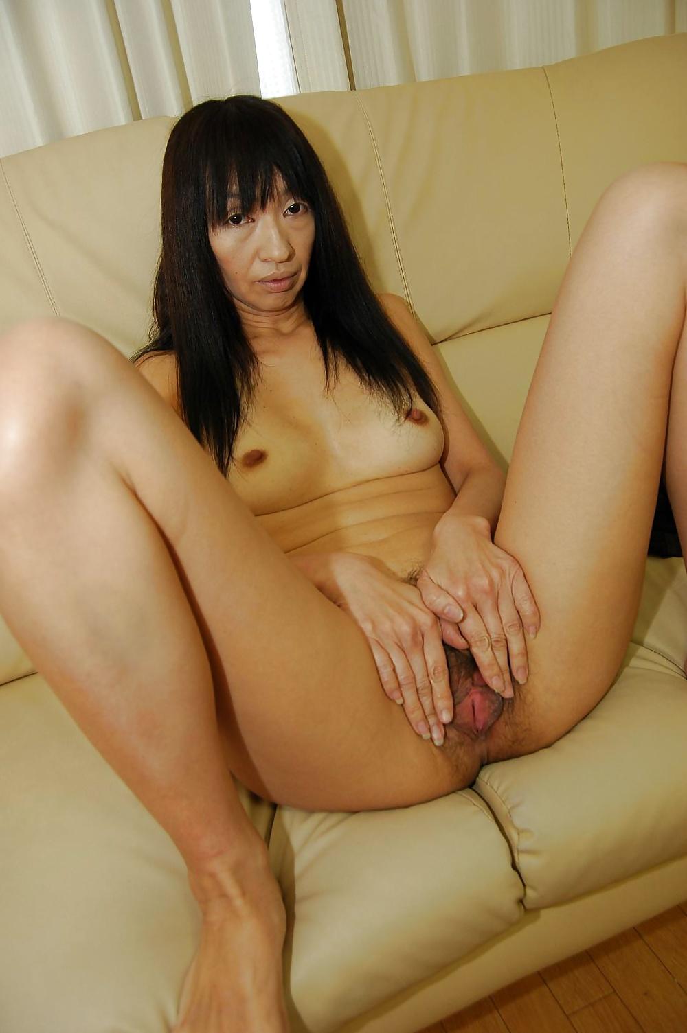 Порно зрелые брюнетки азиатки онлайн 7