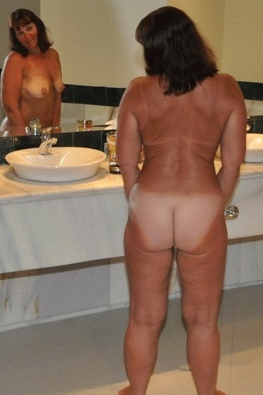 Sexy aunty in bathroom-3629