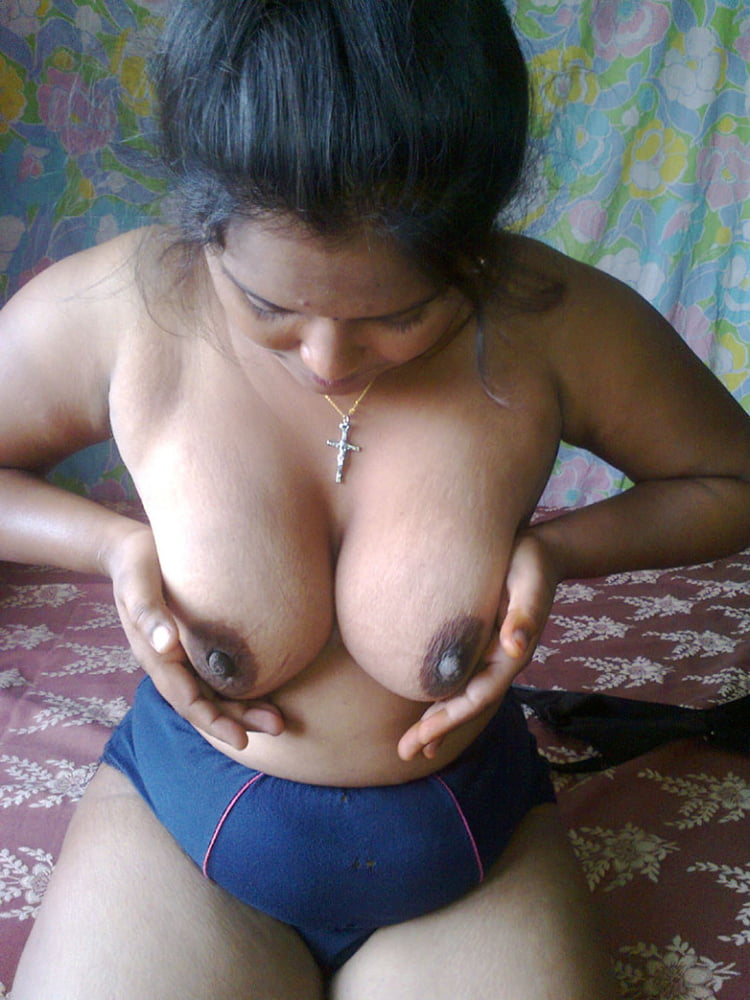 kashmir-girls-adult-photo