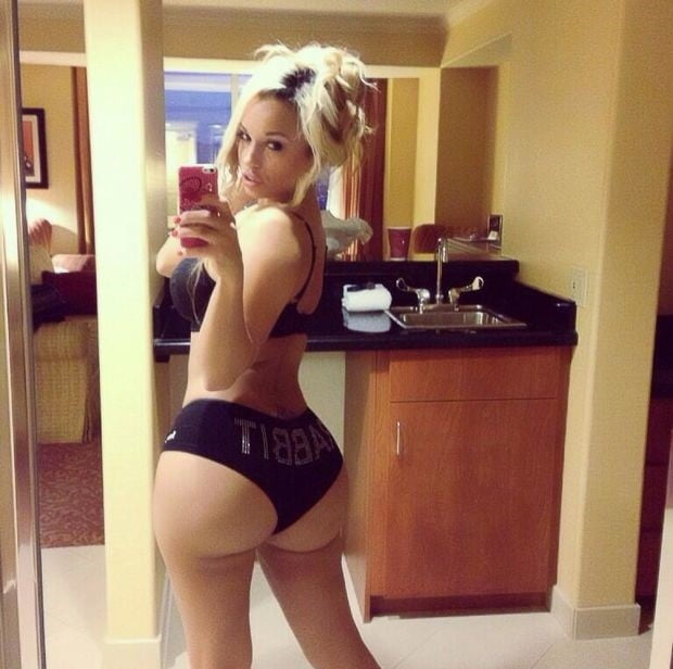 White girl but hole nude pics, fine nude girls pussy