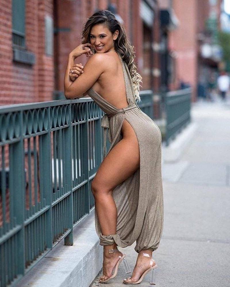 Jennifer Lopez's Best Outfits