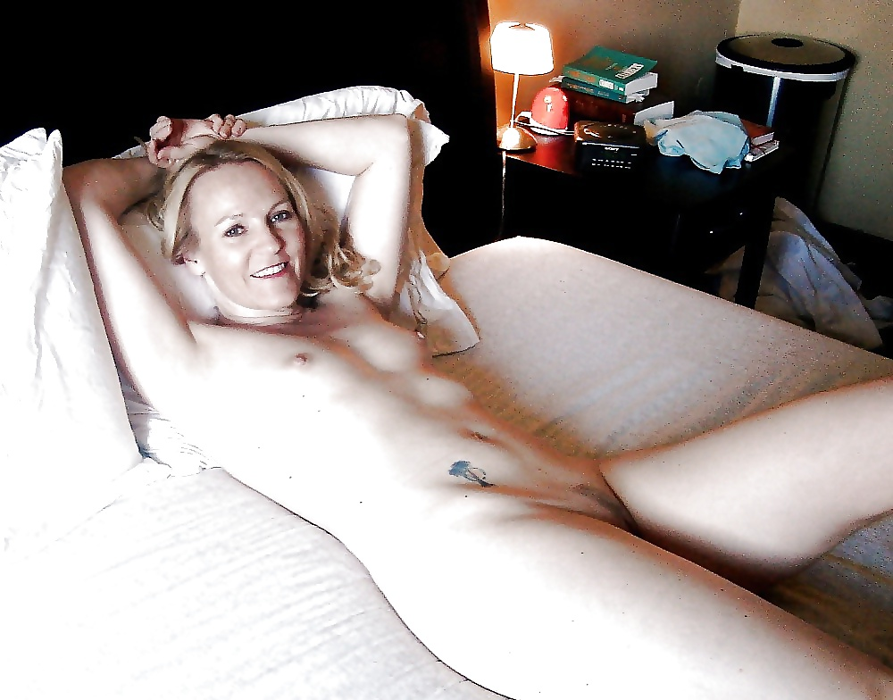 Tiny flat chested blonde milf