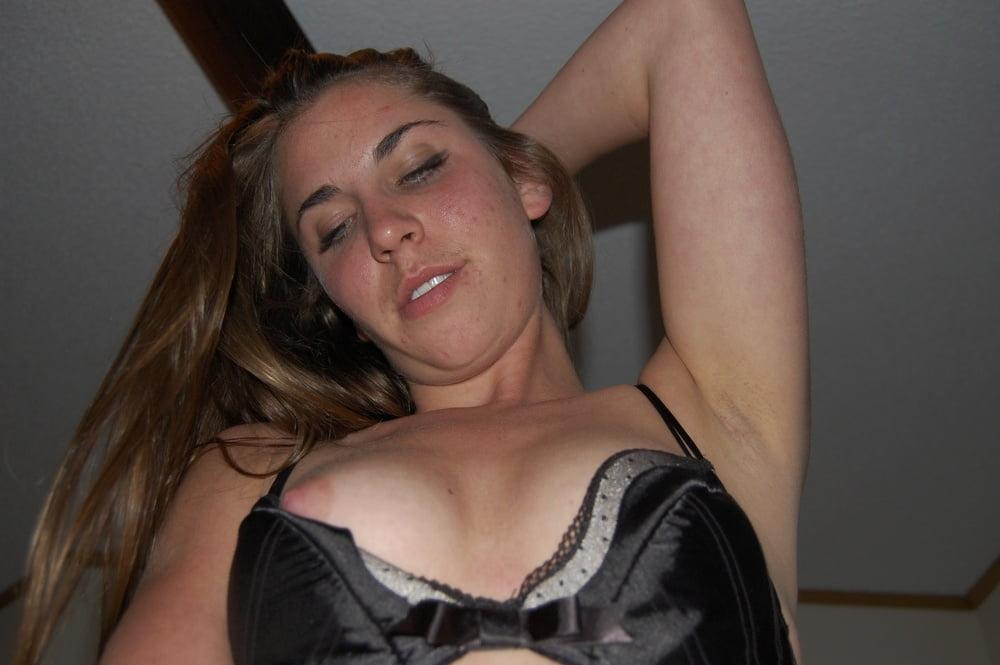 Video xnxx brunette-6819