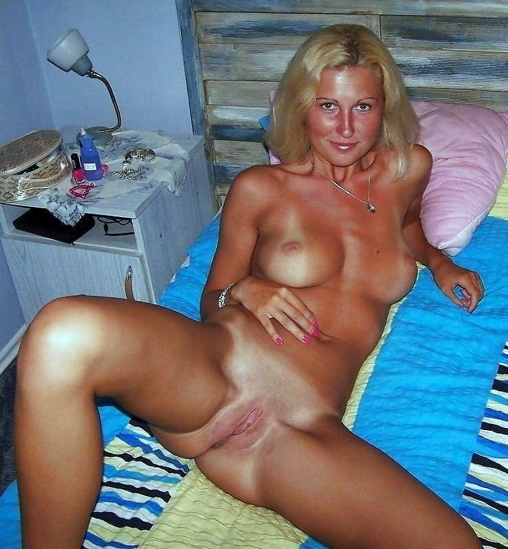 Blonde mature web cams live