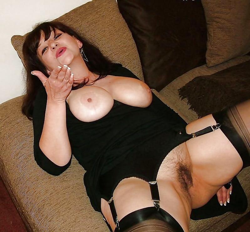 Legs amature erotic gallery pics