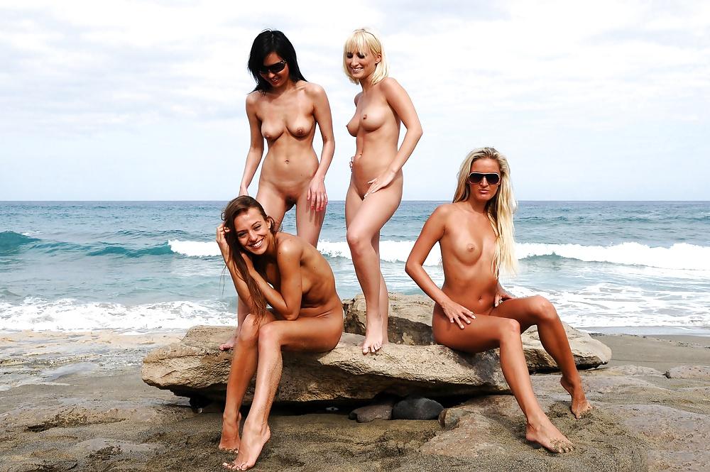 эротика с пляжа на роликах вашей девушке