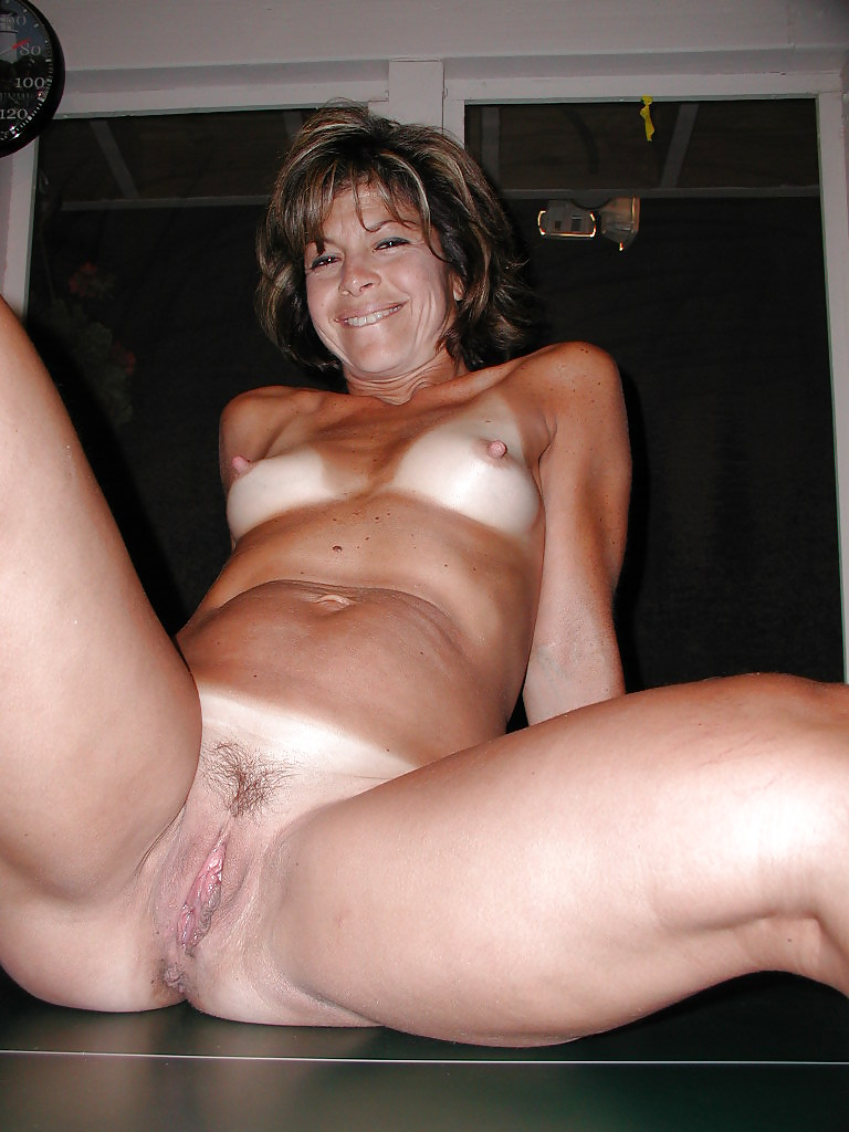 Moms naked mature hot