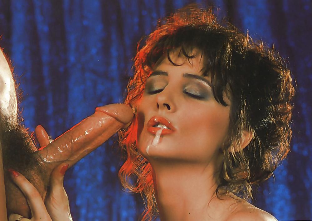 актриса порно тренделлини соблазнила красивой попкой