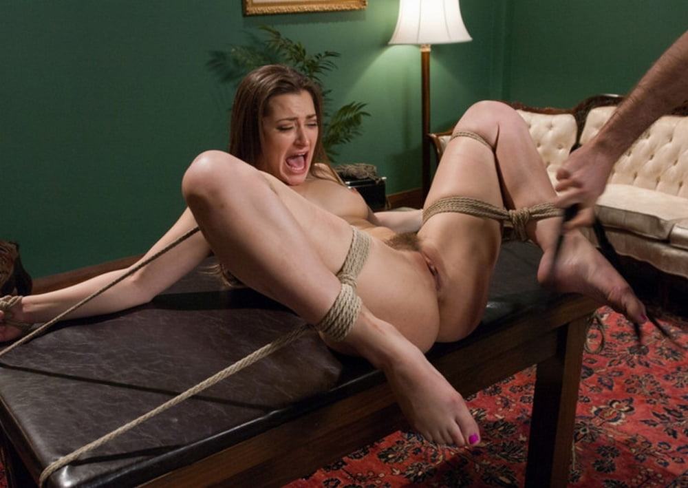 Порно ролики привязана голышом, порно оргазм узбечки