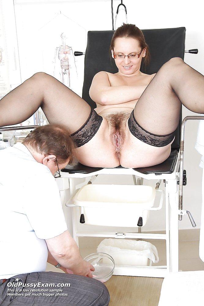 Gyno milf sex photo #3