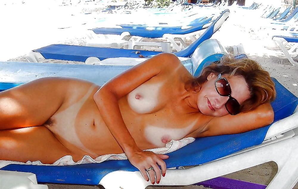 Amature bikini nude sunbathing — pic 9
