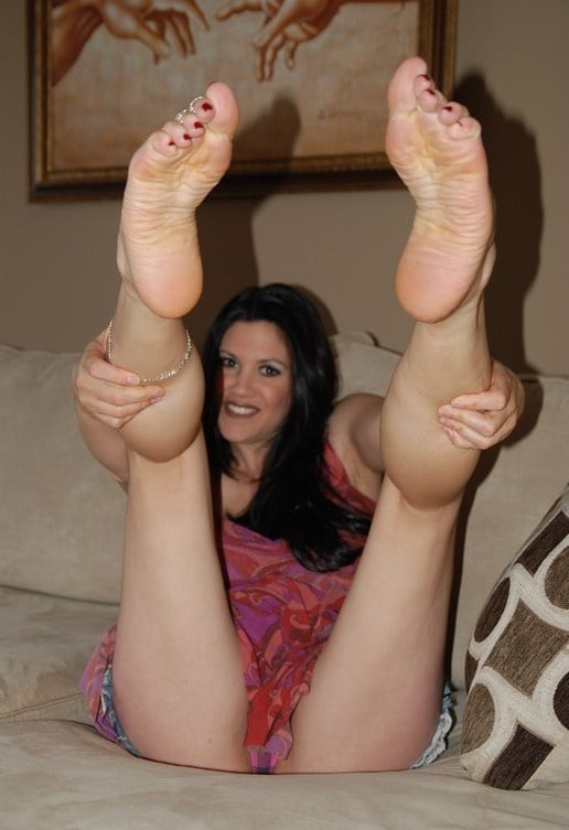 Foot fetish pics free
