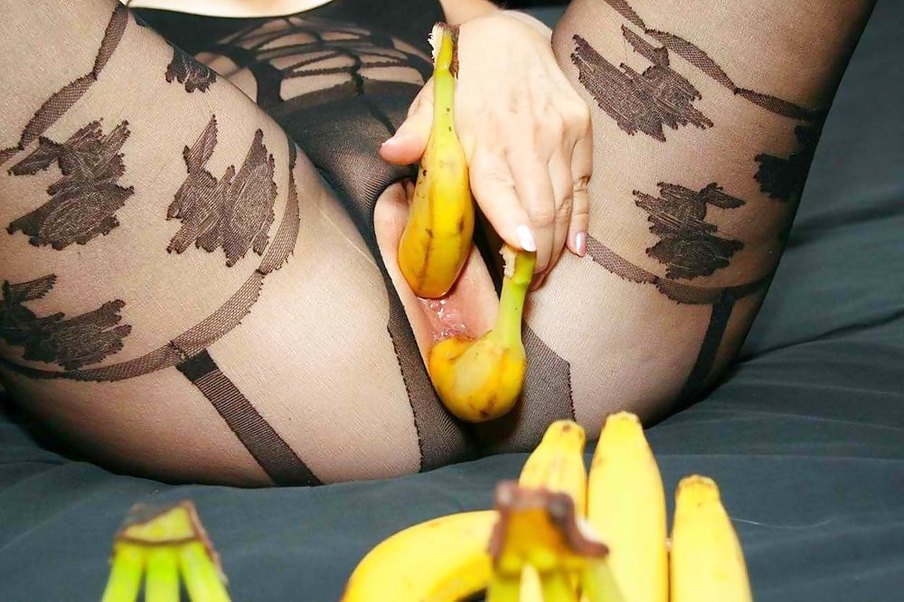 hardcore-cucumbers-bananas-pics-forbien-girl-video