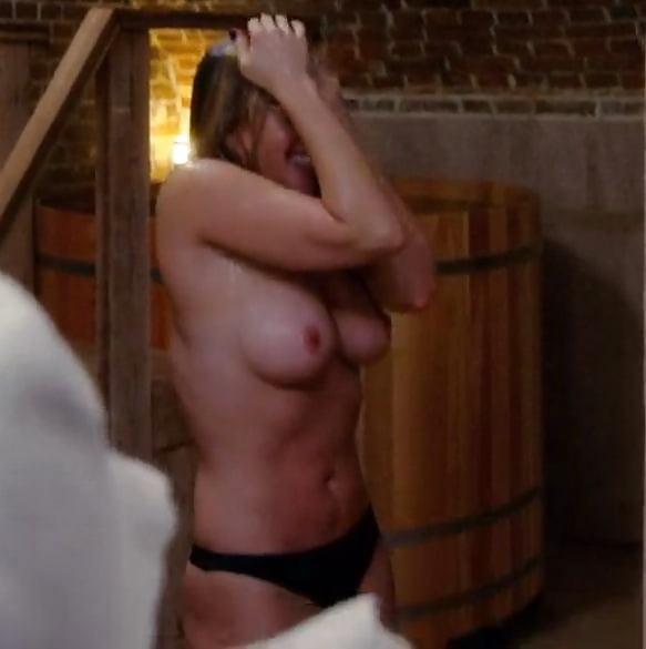 Chelsea handler naked celebrity pics