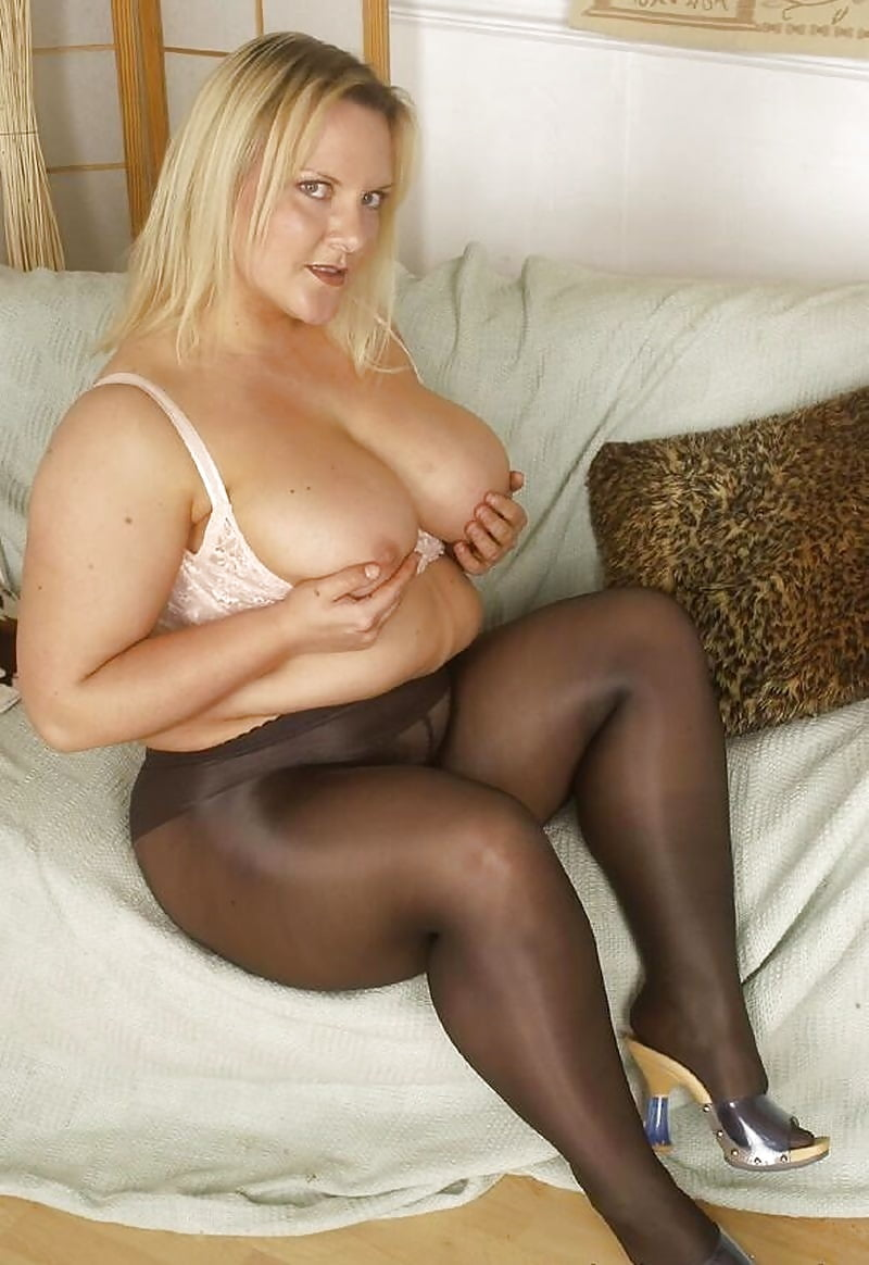 chubby-girl-pantyhose-mature-fucking-younger-movies-thumbs