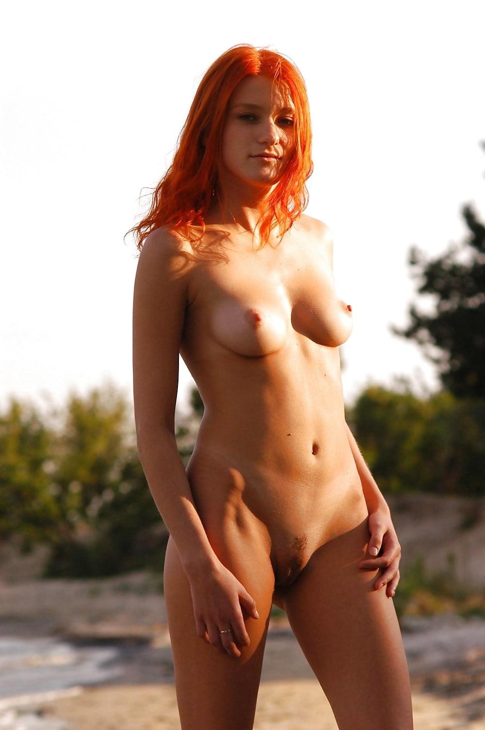 Athletic redhead pics