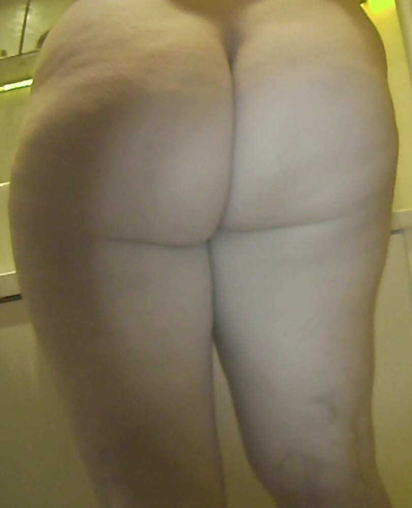Amateur college stripper