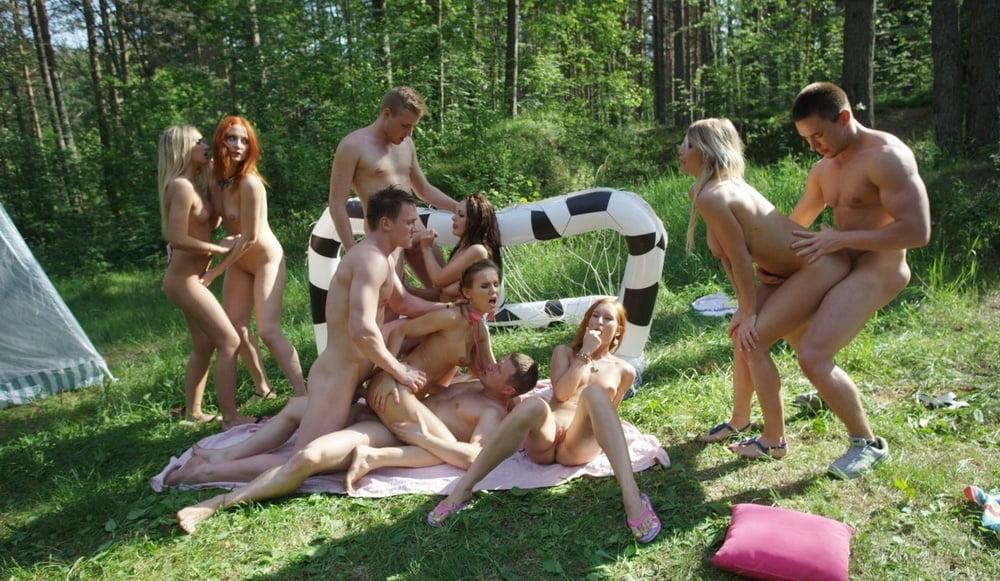 Порно пикник молодежи #2