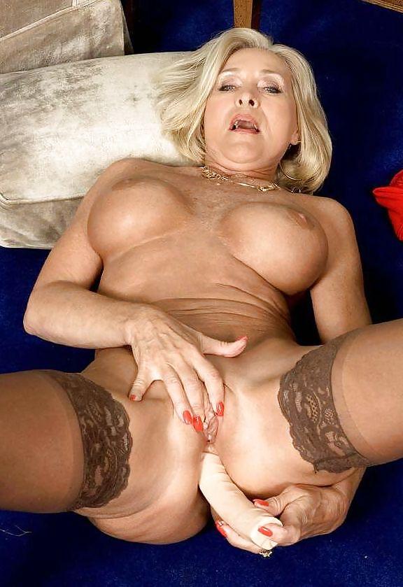 супер зрелые женщины секс фото выше